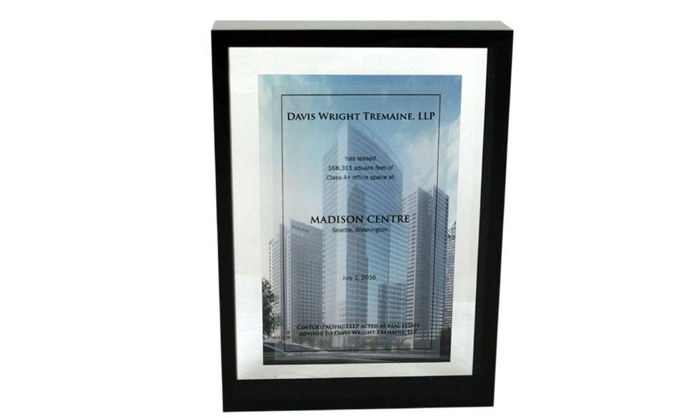 Custom Lucite for Commercial Lease Agreement