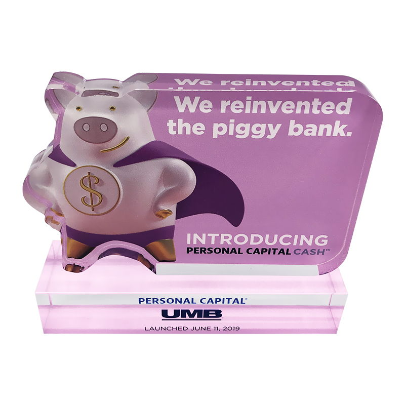 Piggy Bank-Themed Crystal Commemorative