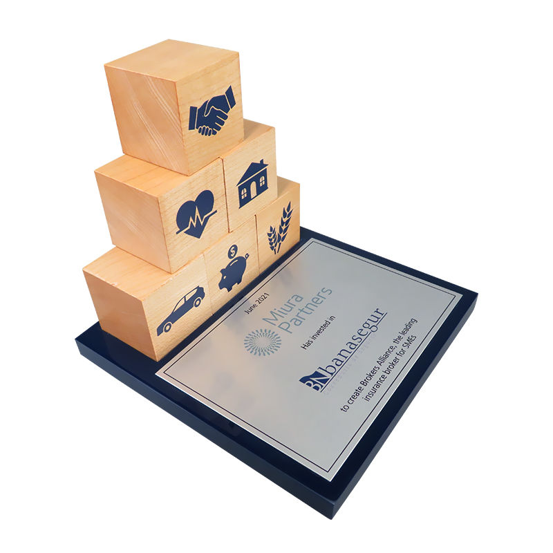 Wood Block-Themed Deal Tombstone